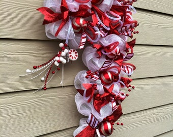 Gift It-Candy Cane Christmas Wreath-Ready to Ship
