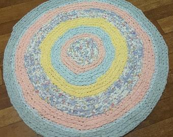 Rug,Hand crafted rag rug,floor rug,scatter rug,bath mat,door mat,pet bed,bedroom,kids room,play room,nursery, vintage fabrics,country charm