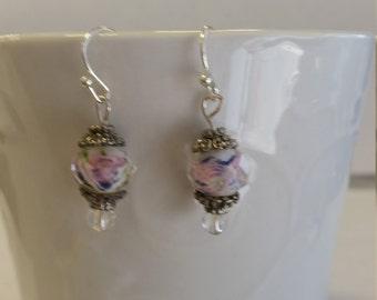 round white bead w/pink rose