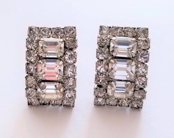 Vintage Weiss Signed Clear Rhinestone Rectangle Clip-on Cluster Earrings