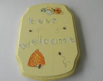 Bumble Bee Sign, Bumble Bee Decor, Welcome Bee Sign, Garden Bumble Bee Decor, Bee Art, Decorative Bumble Bee, Bumble Bee Wall Hanging,