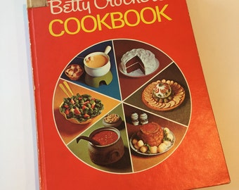 Betty Crocker's Cookbook - Vintage Betty Crocker Cookbook 1969 - First Edition and Printing - 1960s Cookbook - Vintage Kitchen - Recipe Book