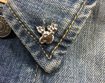 Vintage tiny moose head lapel pin (stock# 711)