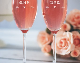 Bridesmaid Champagne Flutes, Custom Champagne Glasses, Bachelorette Champagne, Will You Be My Bridesmaid, Toasting Flutes, Wedding Party