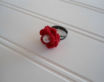 red crochet flower ring, adjustable ring, red ring, red flower