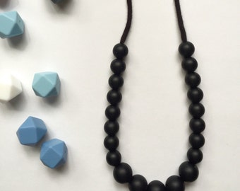 Black chewable teething necklace, new mom necklace, mom baby necklace, teething necklace, chewable necklace,