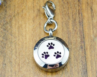 Paw Print Essential Oil Diffuser for Dogs - Pet Aromatherapy - Paw Print Diffuser Locket - Aromatherapy for Dogs - Pet Diffuser Locket
