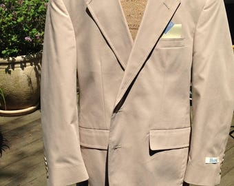 Khaki Summer Suit - Brand new, Never Worn, Never Worn  40S - 34 Waist - Just Sixty-Five Dollars- small
