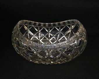 Large vintage barge shaped Bohemian scale of lead Crystal-Crystal