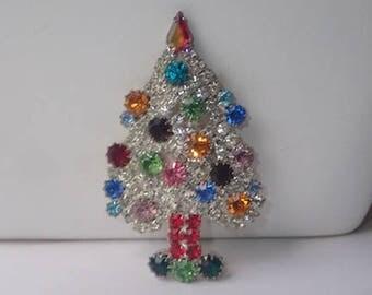 Siluane Signed Christmas Tree Pin, Rhinestones, SCARCE
