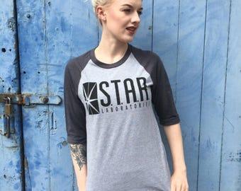 Star Labs, The Flash   Grey Baseball Tee
