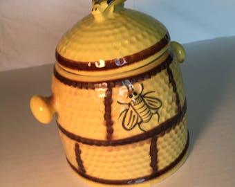 1950's Bee Hive Cookie/Biscuit Jar