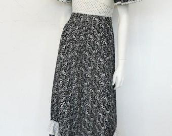 Vintage 60's cotton full length boho dress // maxi // bohemian // black & white // prairie dress // Eur 36 / S