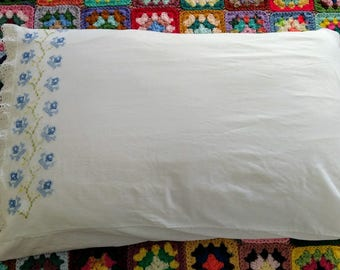 Vintage Cotton Embroidered Pillowcase with Scalloped Hem
