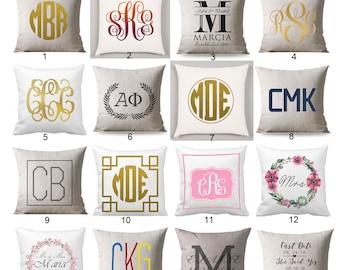Personalized Floral Wreath Wedding Throw Pillow Cover, Custom Monogram Pillow, Wedding Pillow, Wedding decoration, wedding gift idea