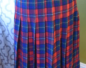 Pretty Pendleton Plaid Vintage 1950s Pleated Wool Tartan Midi Skirt in Red, Yellow and Blue
