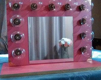 Lighted Vanity Mirror w/ 11 bulbs