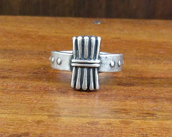 1940 Sterling Silver Campfire Girl Scouts Ring - Vintage - Size 3.25