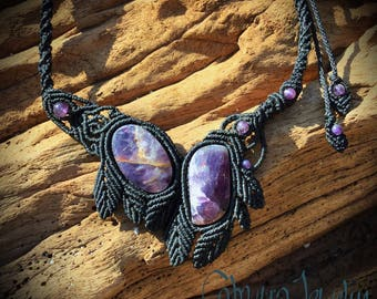 Handmade macrame necklace with amethyst stones