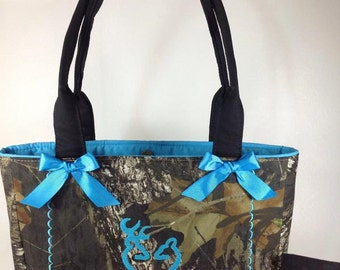 Hunting Camo  Everyone Loves A Country Girl, Custom Handbag, Tote, Purse, Bag, Hunting, Country