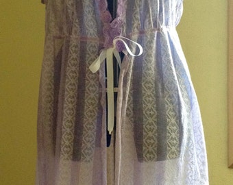 Lavender and White Babydoll Negligee - (43 - 46 inch bust)