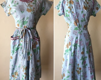 1950s Floral Swirl Wrap Dress