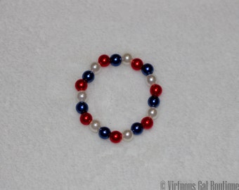 4th of july bracelet, glass pearl bracelet, red white and blue bracelet, little girls bracelet, newborn baby bracelet, newborn photo prop