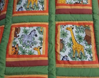 Cute Wild Animals Elephants Giraffe Zebra Lion Cot quilt or Toddler Bed Patchwork Quilt