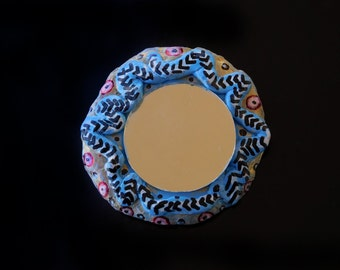 Brooch 11 (handcrafted & hand-painted)
