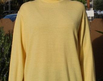 JAEGAR Made in GT. BRITAIN Soft and Warm Aspen Gold Vintage Turtleneck 100%  Wool