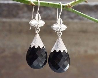Black onyx earrings,silver earrings,sterling silver earring,92.5 silver earrings,gift earrings