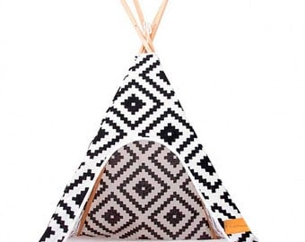 Tipi for dogs and cats