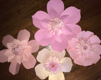 4 pc Pink Paper flowers