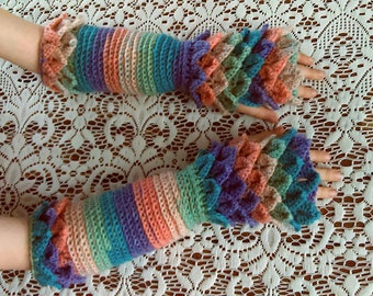 """Crocheted """"dragon scale"""" long fingerless gloves / arm warmers size XS"""