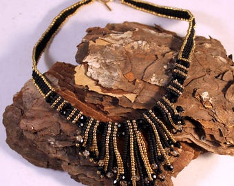 gold and black necklace, fringe necklace, edgy, modern choker, modern retro necklace, office necklace, stylisch bold unique choker necklace