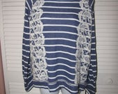 vintage crochet lace backless cut up shredded striped sweatshirt size Extra Large L XL