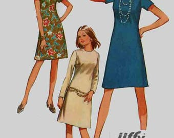 Vintage A Line Dress Sewing Pattern Simplicity 9072 RETRO 70s Sewing Pattern Size 14 Bust 36 UNCUT