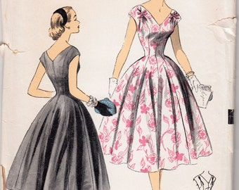 "1950's Vintage Sewing Pattern Ladies' Dress Advance 6700 33"" Bust - Free Pattern Grading E-book Included"