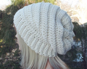 Winter White Crochet Hat, Womens Slouchy Beanie, Boho Slouchy Hat, Oversized Slouch Beanie, Chunky Hat, Winter Hat, Slouch Hat