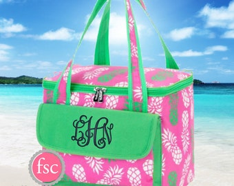 Monogrammed Cooler Bag, personalized Cooler Bag , Beach Cooler bag , vacation bag, Bridesmaid gift, Personalized Beach Bag, Cooler for Beach