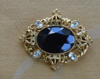 "Pretty Vintage Faux Onyx, Rhinestone Victorian-style Brooch, Pin, ""1928"" (Z13)"