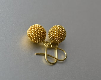 globe earrings gold shiny