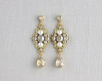 Gold Bridal earrings, Crystal Wedding earrings, Wedding jewelry, Swarovski crystal earrings, Gold earrings, Champagne crystal ASHLYN