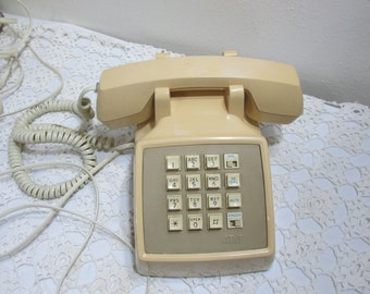Telephone AT&T Push Button Desk 1970s