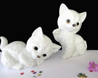 Playful Puppy Figurines * White Dogs* Set Of Two Puppies * JAPAN