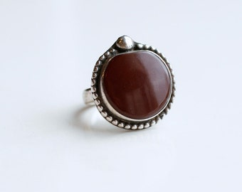 1970s sterling and carnelian agate ring / 70s vintage silver and rust red stone large round statement ring size 6