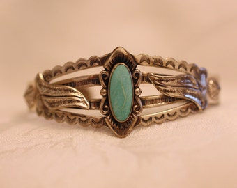 Turquoise Navajo Cuff Signed Bell Trading Sterling Light Matrix Feather Swirls Sun Arrow Native American Symbols Vintage Southwest Boho Cuff