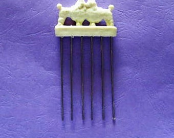 Vintage Glamour Lift  Poodle Dog Hair Comb Pick, Vintage Hair Pick, Glamour Lift Hair Pick, Afro Pick, Poodle Hair Pick, 1960's Hair Pick