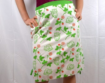 Vintage 1970s 70s Kitschy Novelty Cartoon Cat Strawberry Summer Skirt - Hand Screened The Vested Gentress