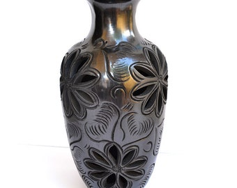 Black Ceramic Vase, Flower Vase, Home decor Vase, Rustic Vase, Pottery Vase, Handmade Vase, Mexican Decor Vase